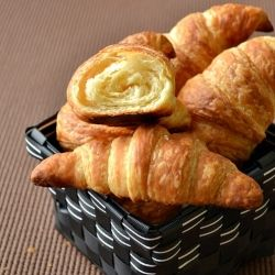 Classic Croissants by spicytreatskitchen