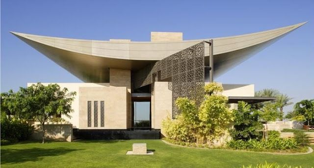 Helal New Moon Residence By Steven Ehrlich Architects United Arab Emirates Luxury House Designs Architecture House Modern House Design