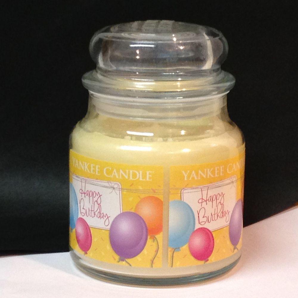 Yankee Candle HAPPY BIRTHDAY Vanilla Cupcake