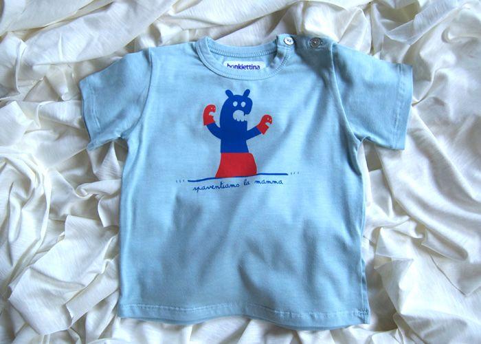 Attestato Bambini ~ T shirt azzurra spaventiamo la mamma in cotone biologico