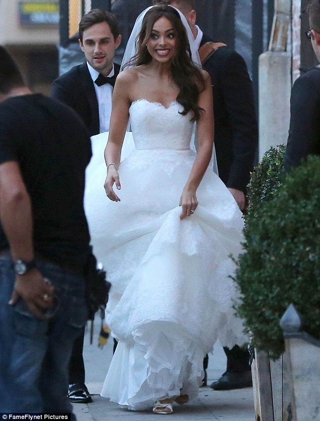Amber Stevens marries her former Greek co-star Andrew J ...