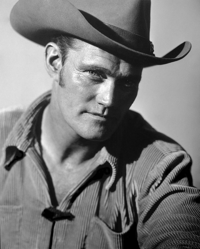 Chuck Connors The Rifleman Chuck Connors The Rifleman Tv Westerns