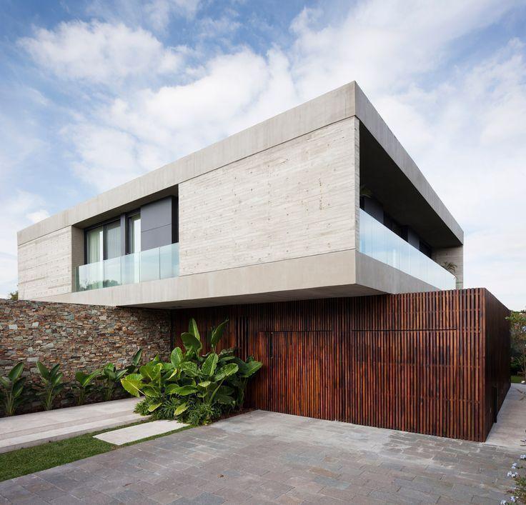 OON Architecture, Casa Güell is part of architecture - Casa Güell de 550 m2 estilo racionalista del estudio de arquitectura OON Architecture de los arquitectos D'Adamo Baumann, Segretin Sueyro y Robín