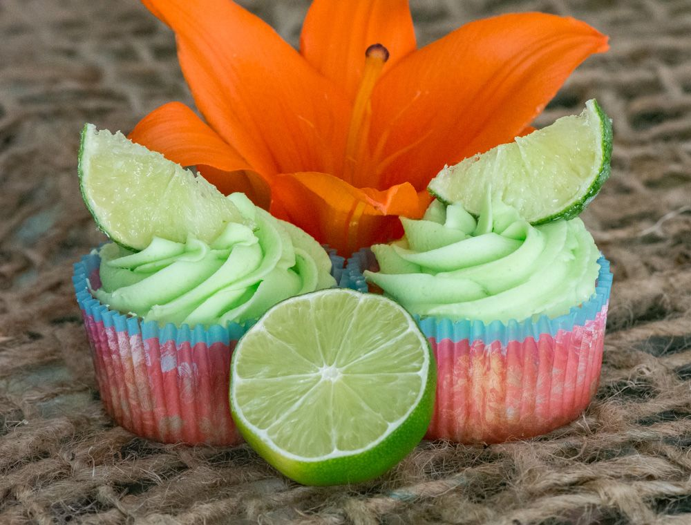 Best 25 Tropical Cupcakes Ideas On Pinterest Tropical