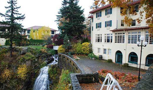 Columbia Gorge Hotel Hood River Oregon