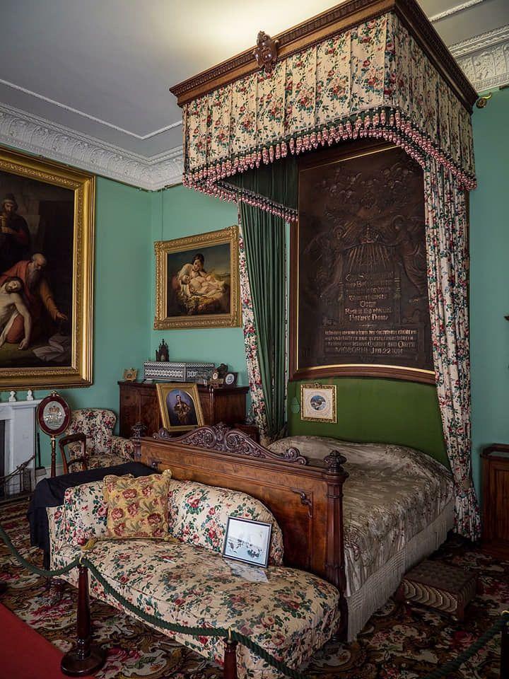 Royal Living Room Design: Royal Room, Victorian Living