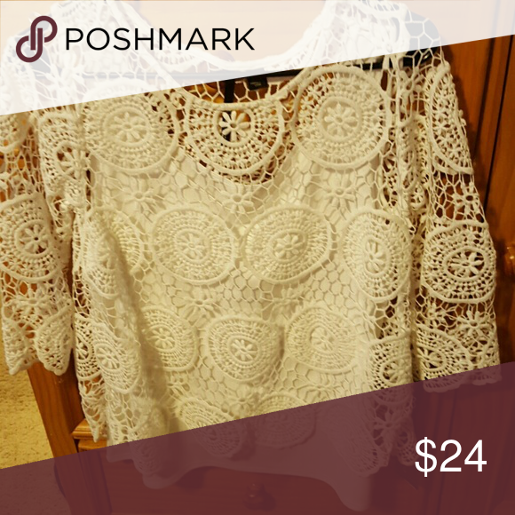 24d95a2e09b6e2 Lacey white top 3/4 sleeve So sweet dainty white lace top with attached  tank skyes the limit Tops Blouses