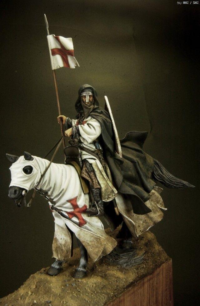 Crusader Knight 13th Century. (Romeo Models 90mm)