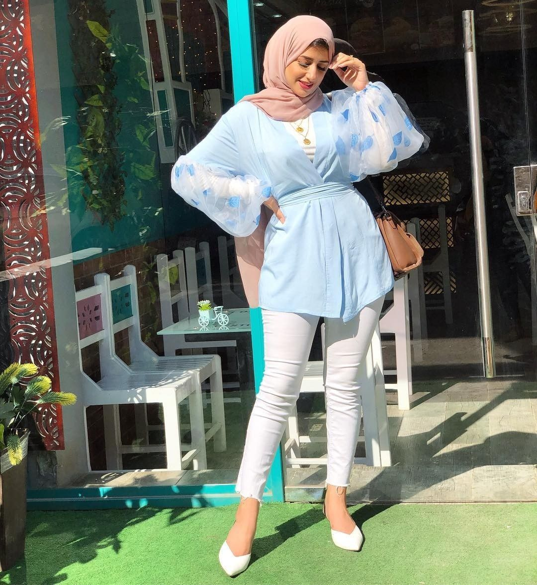 How To Style Light Blue Hijab Outfits