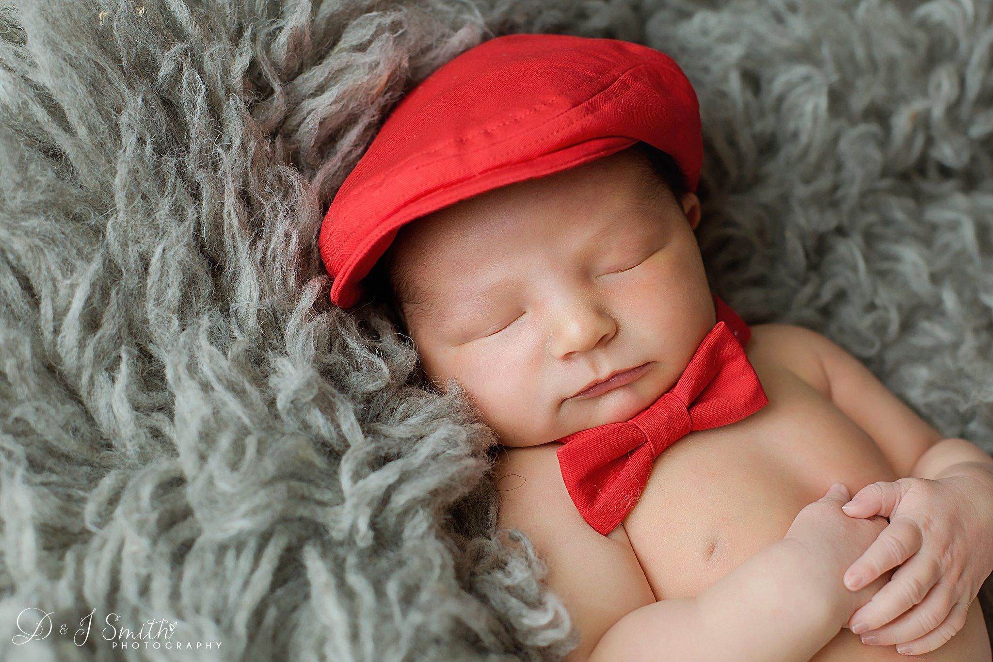 Baby red hat and bow tie set cdce338143a