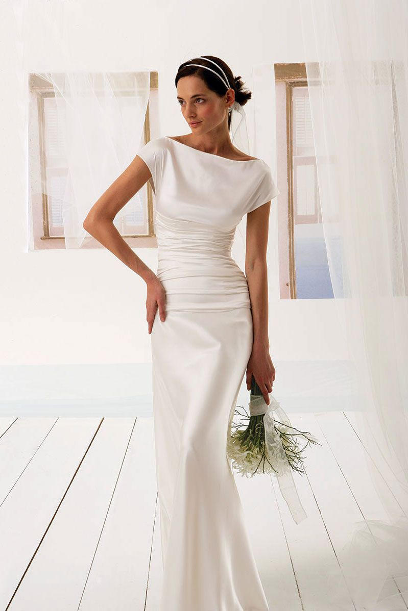Elegant Fitted Dress In Silk Satin Boat Neckline Large