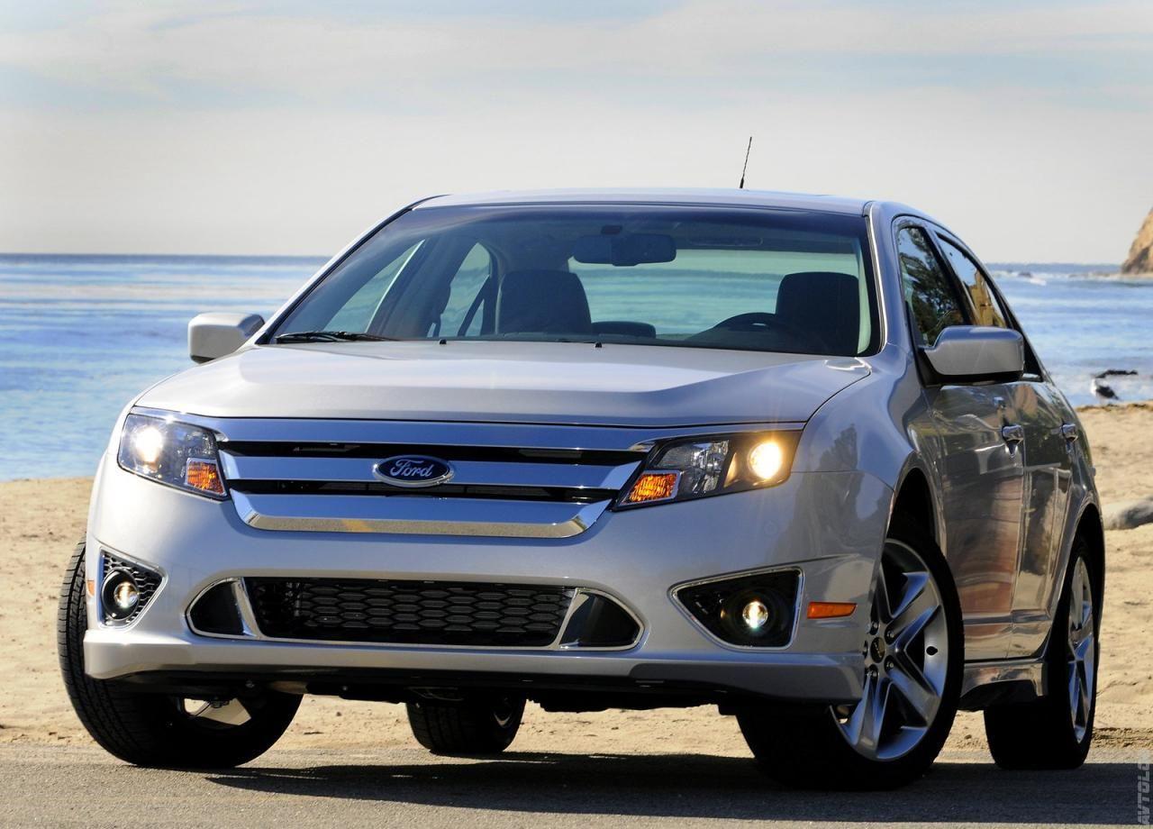 2010 ford fusion in brilliant silver metallic