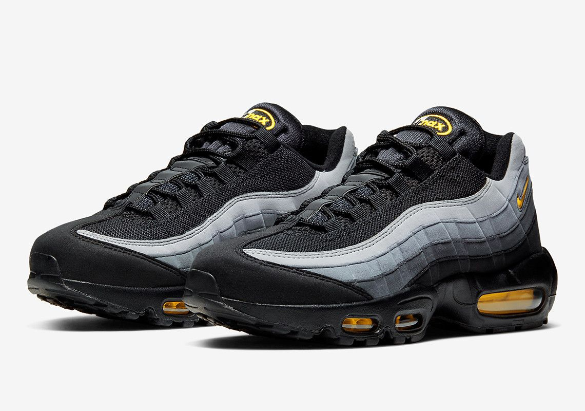 The Nike Air Max 95 Jewel Returns In Classic Batman Colors With