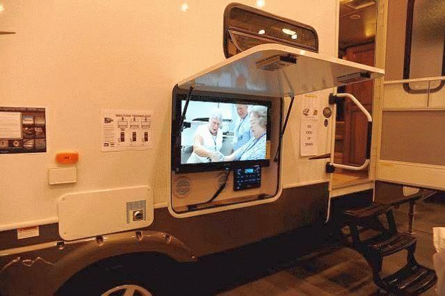 outdoor entertainment station nikki 39 s camper pinterest rv. Black Bedroom Furniture Sets. Home Design Ideas