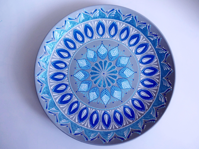 Decorative Plates For Hanging Mandala Plates Large Decorative Etsy Decorative Plates Plates Hand Painted Plates