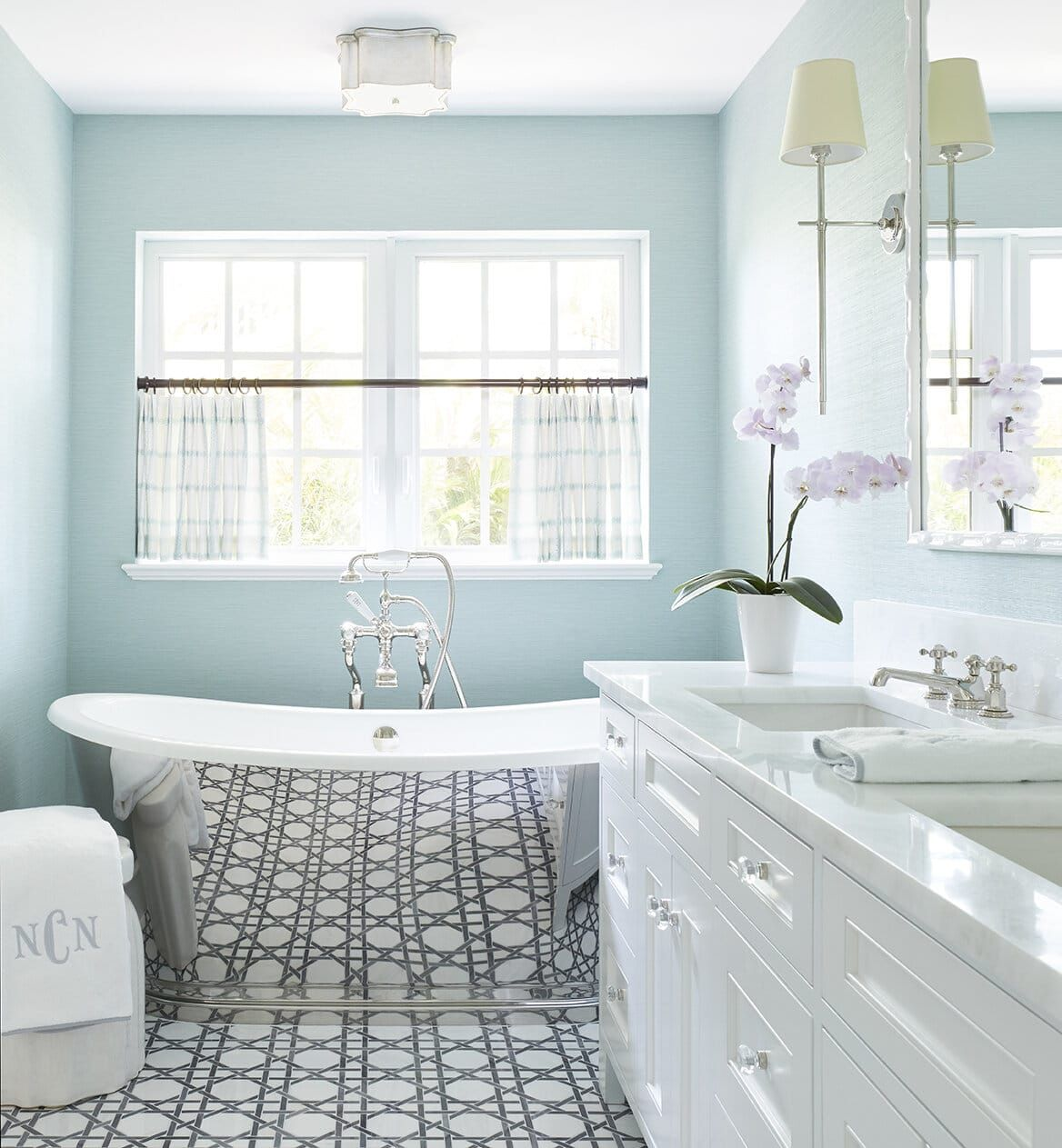 House Tour Kara Miller S Colony Ii Part 2 Design Chic In 2020 House Beautiful Bathrooms Interior