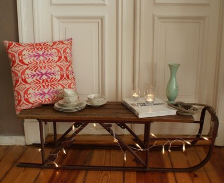 Vintage Mobel Stuhle Sessel Sofa Und Sideboards Im Apartment34 In