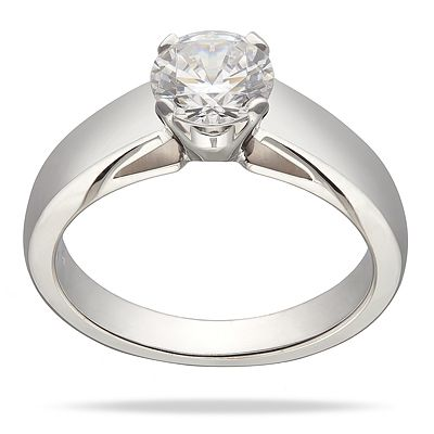 This ring from Jabel features a bold classic solitaire mounting with