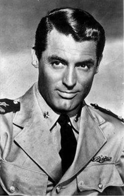 Cary Grant: Destination Tokyo (1943), I Was a Male War Bride (1949), Operation Petticoat (1959).