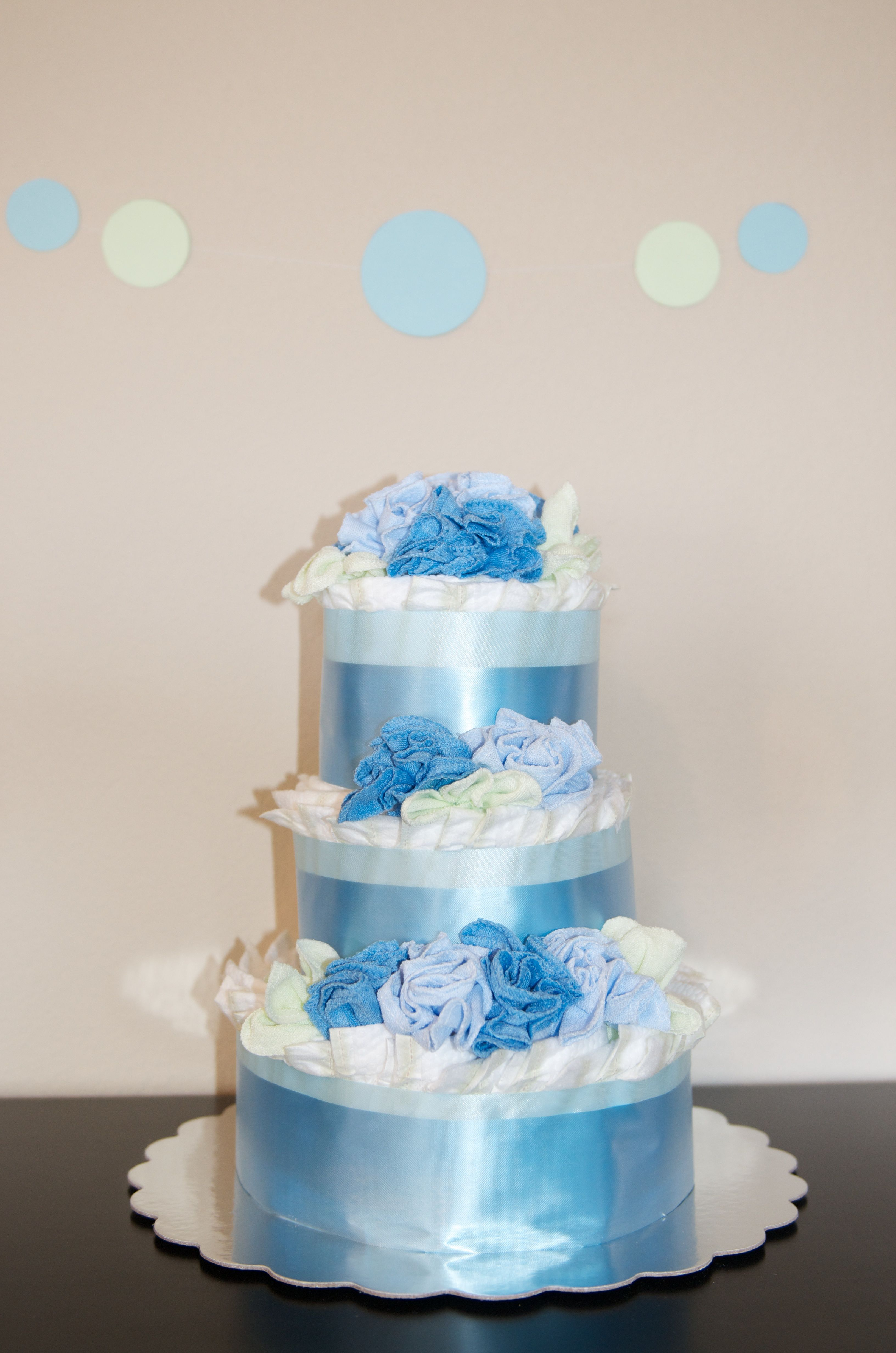 Jennifer\'s boy baby shower diaper cake - I used 2 different wide ...