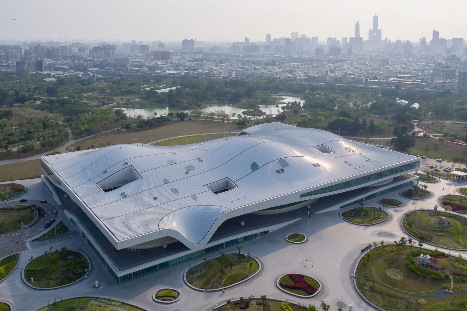 Gallery Of World S Largest Single Roof Performing Arts Center By Mecanoo Nears Completion In Taiwan 3 Architecture Kaohsiung Performing Arts Center