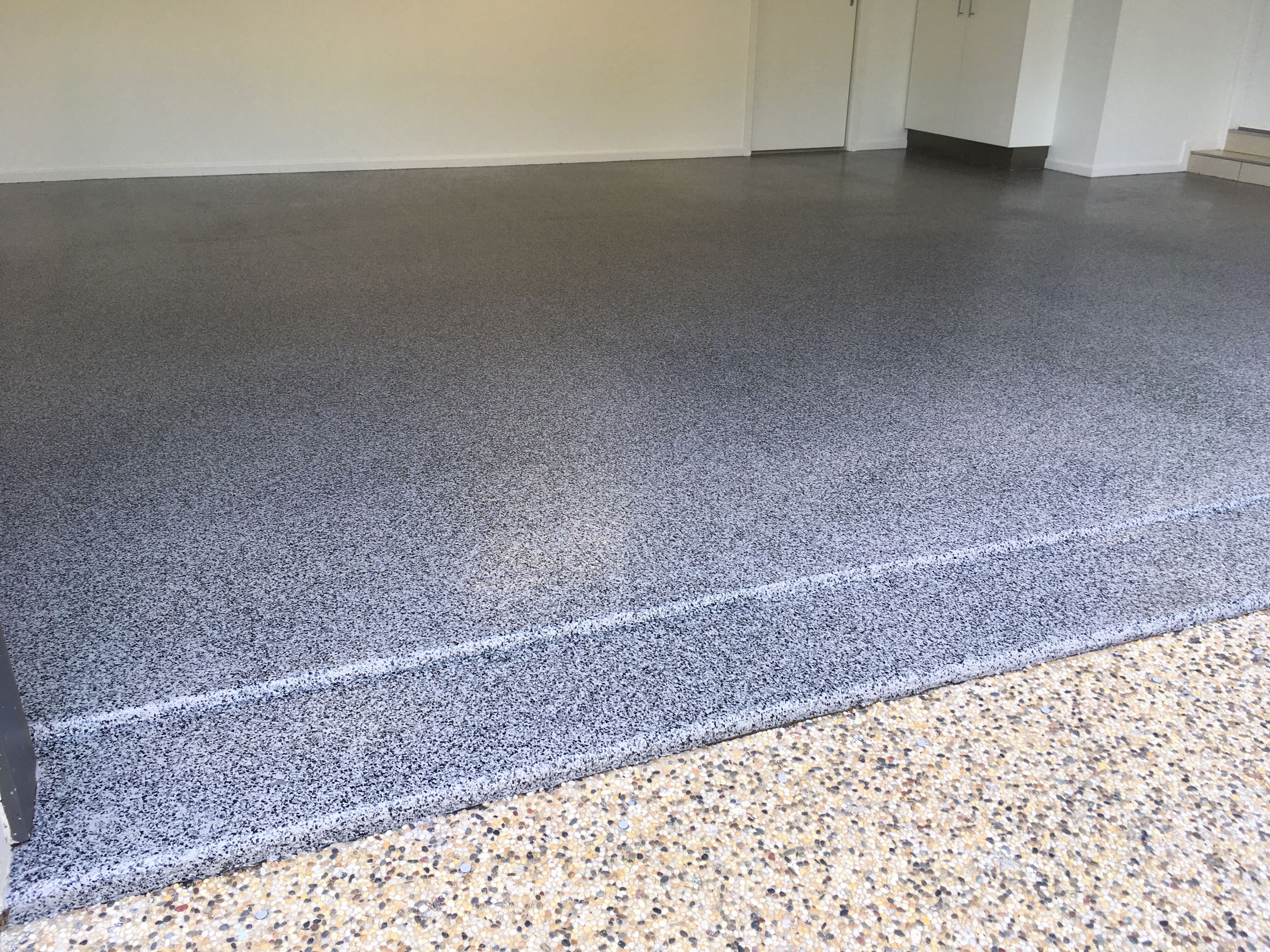 This Is The Garage Floor Co S Graphite Epoxy Flake On A