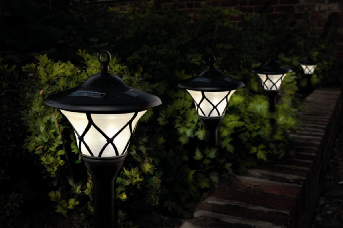 Creative 10 Ideas for Residential Lighting Solar powered outdoor