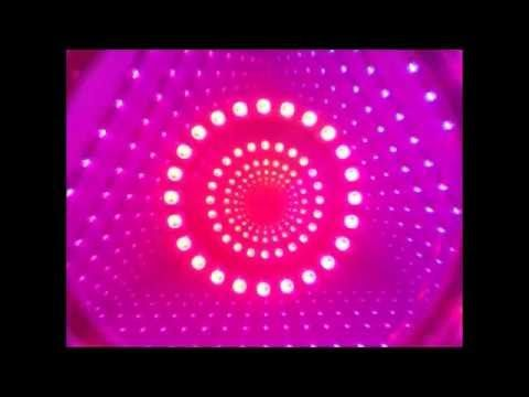 Infinity Mirror Illusions Are Great For Getting A Good Wow Reaction And They Re Relatively Simple To Ma Infinity Mirror Diy Infinity Mirror Mirror Illusion