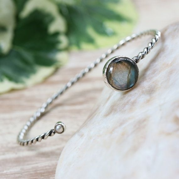 Labradorite and freshwater pearl gemstones cuff bracelet with sterling silver twist band design
