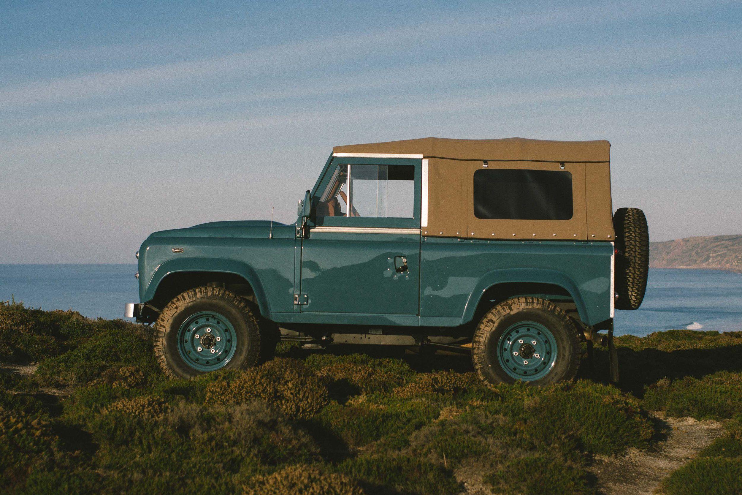 arles rover defender top lhd refurbished for defenders day landrover front pin open soft left td pinterest sale blue land