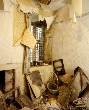 Heavily Peeling Wallpaper In A Room At Chastleton House