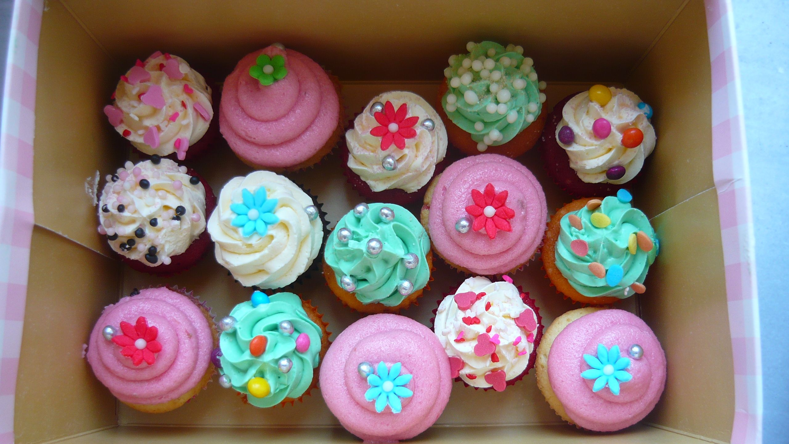 Pinterest Cupcakes For Bridal Shower Cupcake Decorating Ideas