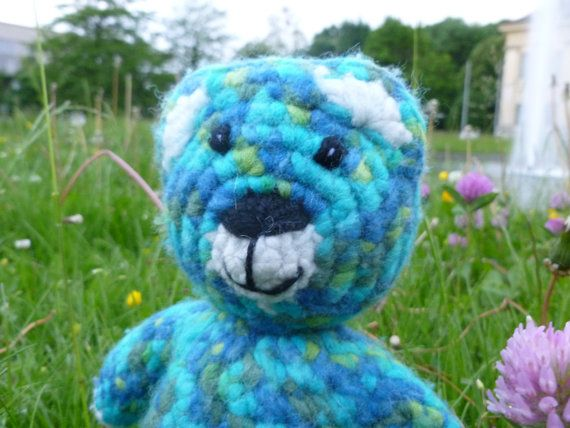 Cute crocheted and felted bear crochet by MariposaGitanoBears, $58.00