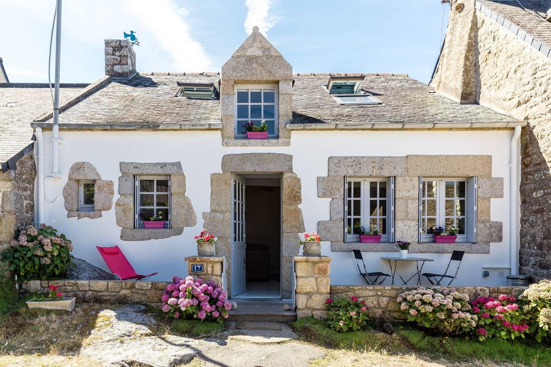 Maison de p cheur au bord de l 39 eau maisons louer belz bretagne france voyages - Maison de pecheur bretagne ...