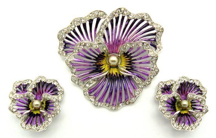b05f3ff87 Vintage Boucher Purple Metallic Enamel Pansy Set Brooch Pin Earrings  Gorgeous | eBay