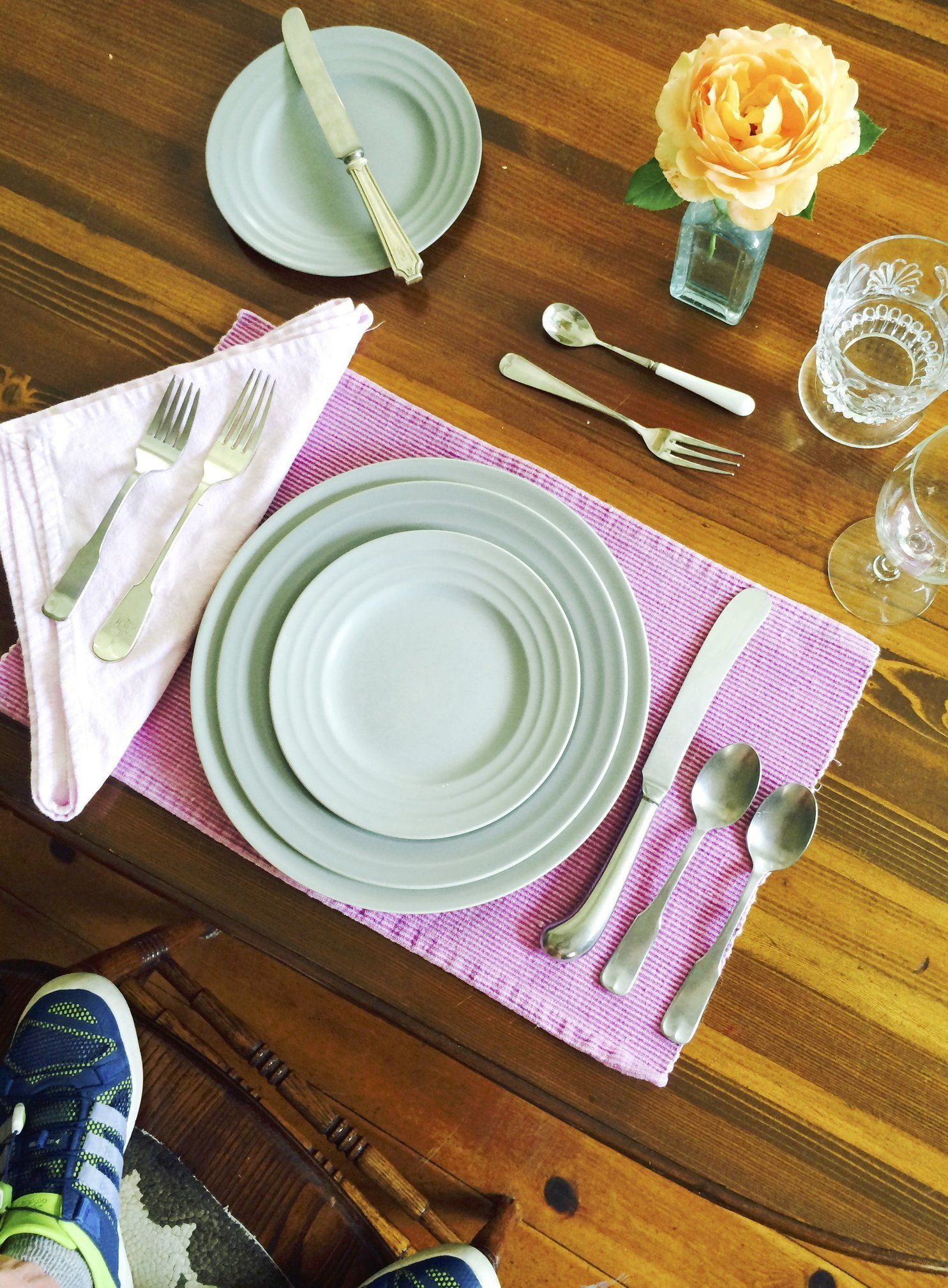 apartment basics plates