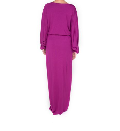 We will bring more new designs to give a new benchmark to islamic fashion.