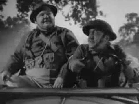 Laurel and Hardy, War is Hell