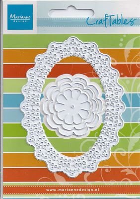 DutchPaperCrafts  This makes the most beautiful roses.. http://monika-jot.blogspot.com/p/kursy-tutorials.html#