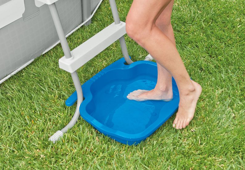 Foot Bath   Pool Accessories   Above Ground Pools   Store   Intex Either  Buy This Or Leave A Dish Pan By The Ladder.