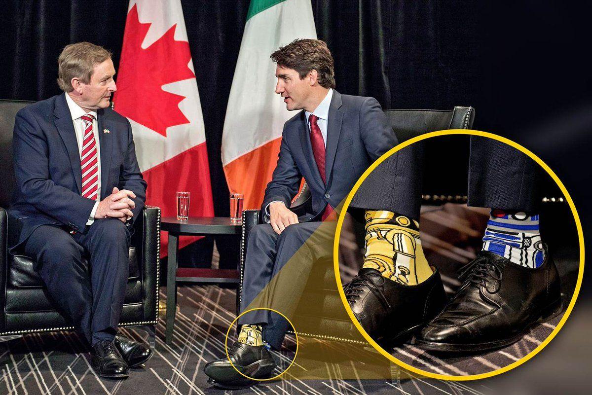 Justin Trudeau sèriamente com meias à Mel Brooks (A Sorça esteja consigo)