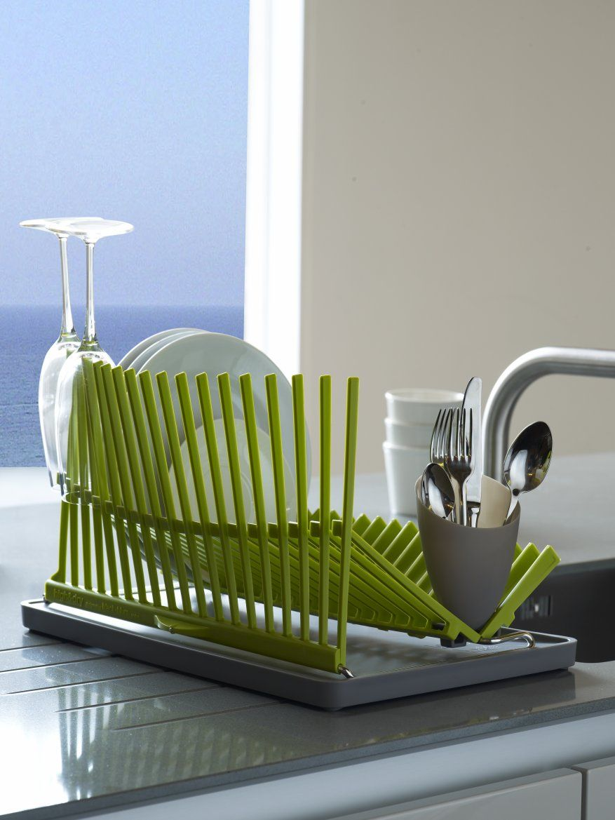 Contemporary and highly functional dishrack inspired by architecture