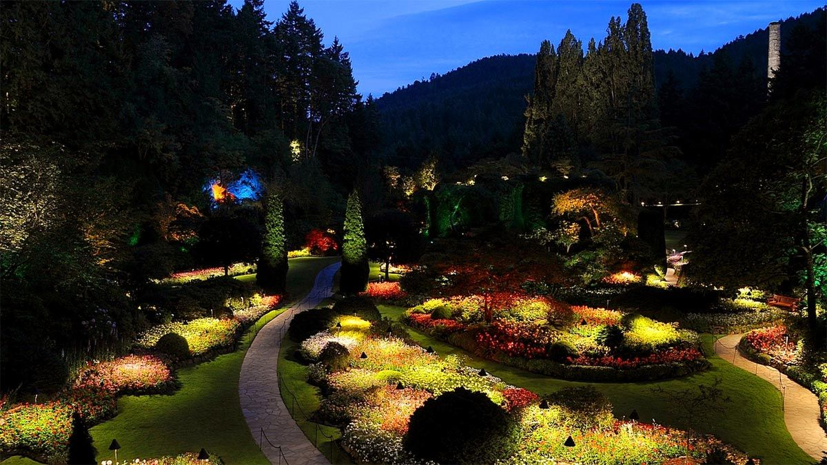 Summer night illuminations at butchart garden butchart gardens and a new idea we are for A night at the garden