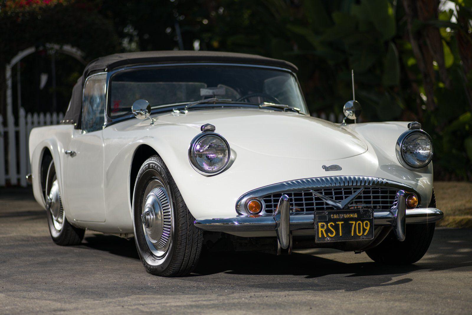 52YearsOwned 1962 Daimler SP250 Classic cars, Jaguar