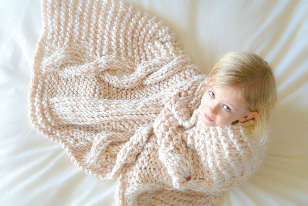 Endless Cables Chunky Knit Throw Pattern | Knitting | Pinterest ...
