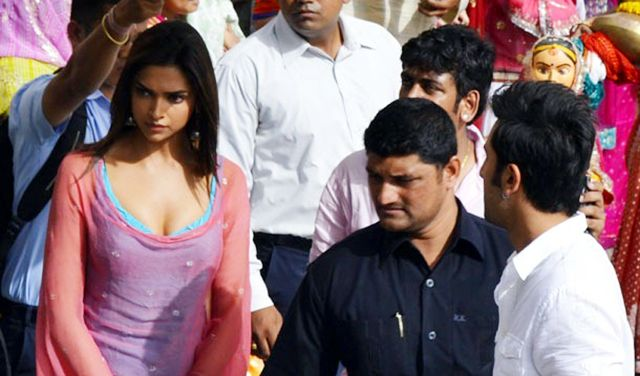 Yeh Jawani Hai Deewani On Location | Deepika padukone ...