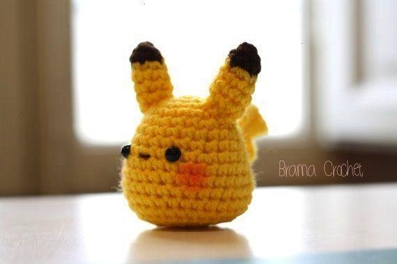 PIKACHU. Kawaii crochet amigurumi doll keychain - Sewing -Tiny PIKACHU. Kawaii crochet amigurumi d