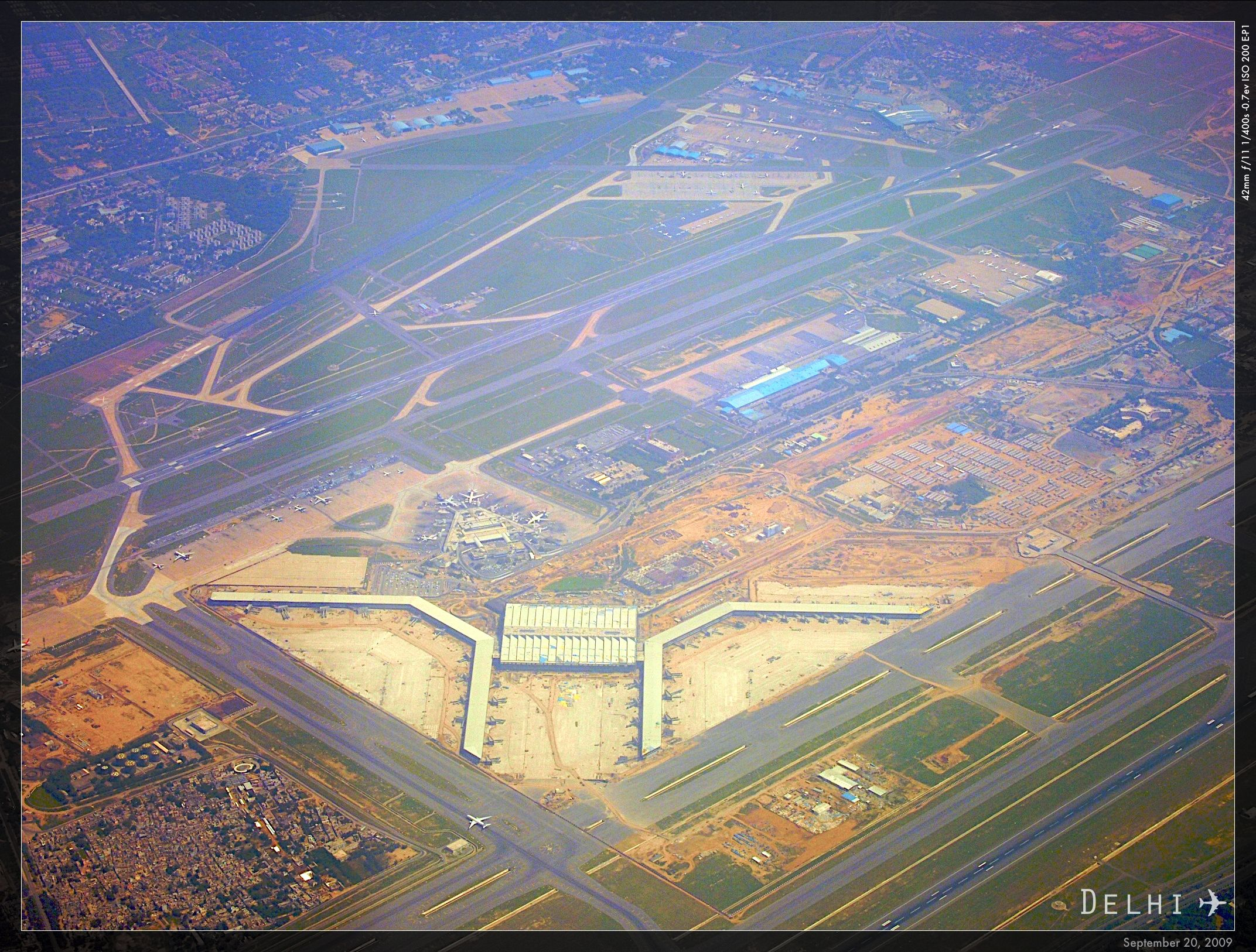 Indira Gandhi International Airport Terminal 3 Delhi India Hok Mott Macdonald 2010 During Constr Aerial View International Travel Airport Terminal 3