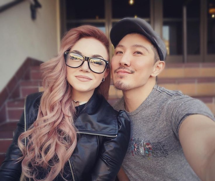 "⠀⠀⠀ ⠀⠀⠀ ⠀⠀ · M Y K I E · on Instagram: ""Me and the hair god @guy_tang ❤️ thank you for making my hair so peachy perfect and always feeling so dang healthy! And thank you to all the super super sweet comments you left on the reveal of my rose gold hair yesterday!  I'm so glad you guys are diggin' it as much as me! He filmed this process and it will eventually be on his YouTube channel so check him out if you want to know more about that and allllllll his crazy beautiful hair creations! ☺️"""