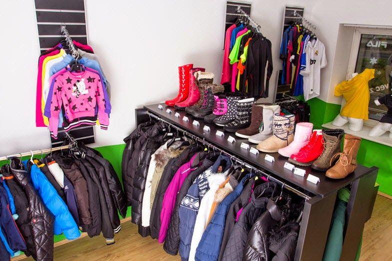 Existuje mnoho ľudí , ktorí sa chceli držať krok s aktuálne módny trend a kúpiť Štýlové oblečenie položky ako mikinu , aby vyzerala dobre a cítiť sa pohodlne . Musíte sa dostať jednu pre seba , ak chcete vyzerať elegantne . http://branded-sportswear.blogspot.com/2015/04/preco-potrebujete-mikiny-vytvorit.html